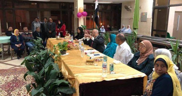 جانب من زيارة رئيس جامعة القاهرة لمدينة الطالبات
